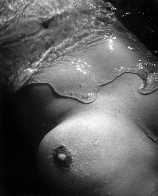 Lucien Clergue, Nu de la mer, Camargue, 1956