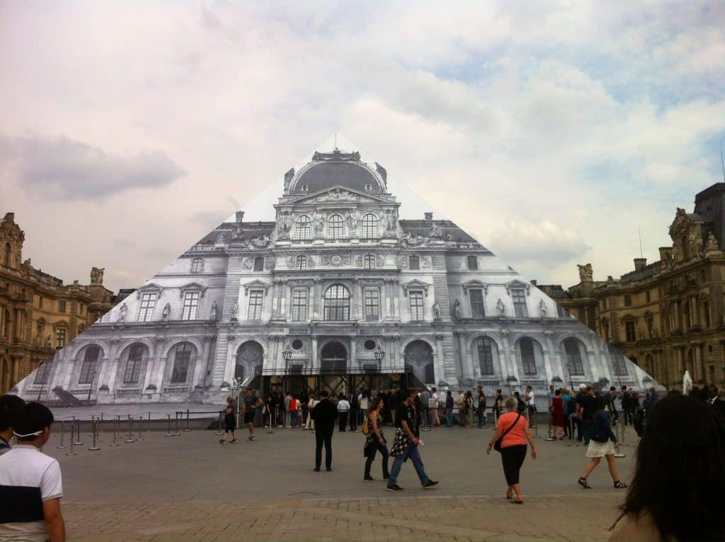 Louvre 2