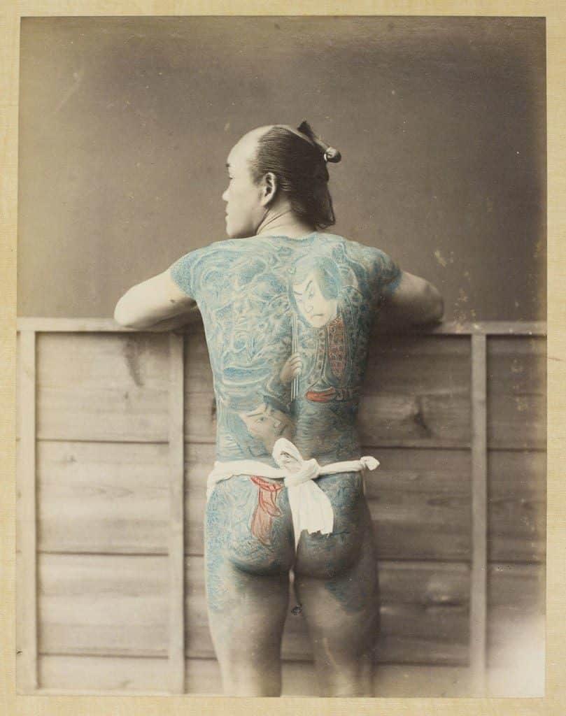 Palefrenier tatoué vu de dos, 1870-1880